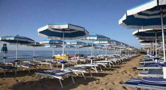 Hotel con stabilimento balneare sul litorale grossetano