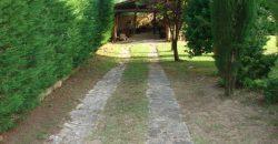 Manciano Poggio Murella Saturnia Casale in pietra 240 mq con 3500 mq di Giardino e piscina